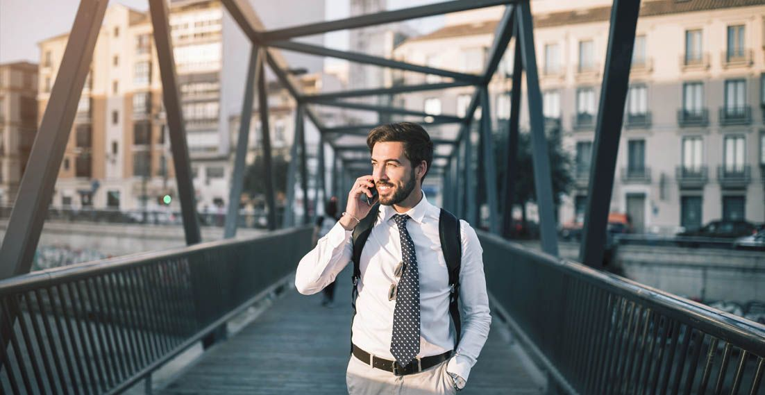 Jak rozpocząć pracę za granicą? Praktyczny poradnik